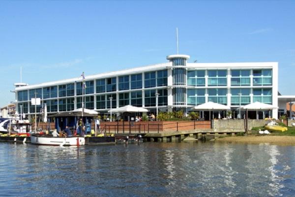 Captains Club Hotel & Spa, Wick Ln, Christchurch