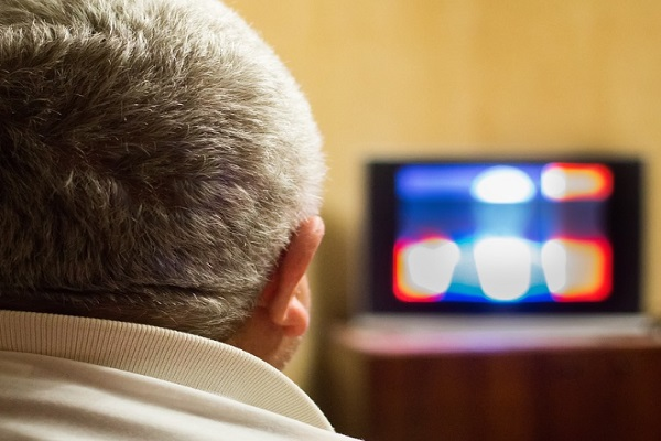 Ten Things to Do When You Are Feeling Depressed - Watch a Movie or TV Show