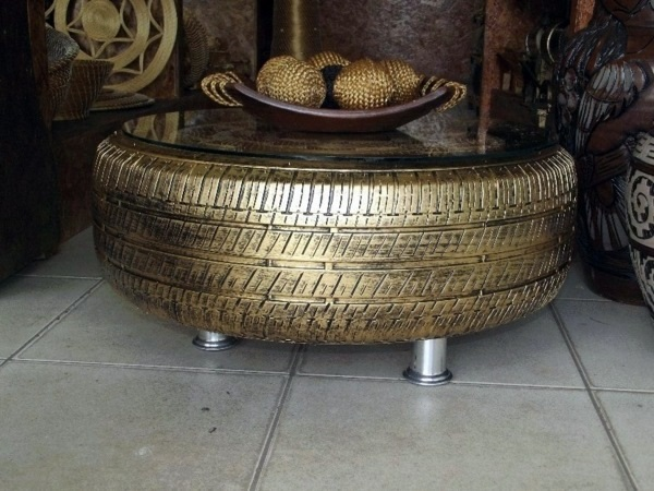 A Coffee Table Made From a Recycled Rubber Tyre