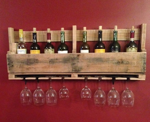 A Wine Rack Made From a Wooden Pallet