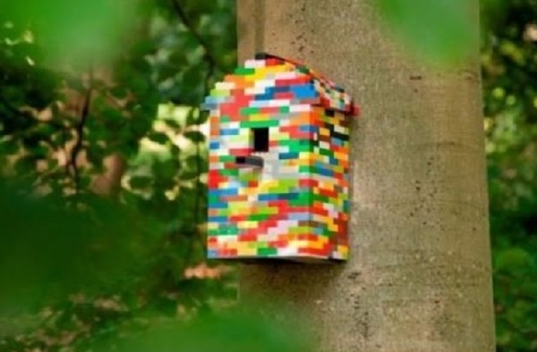 A Birdhouse Made From Lego