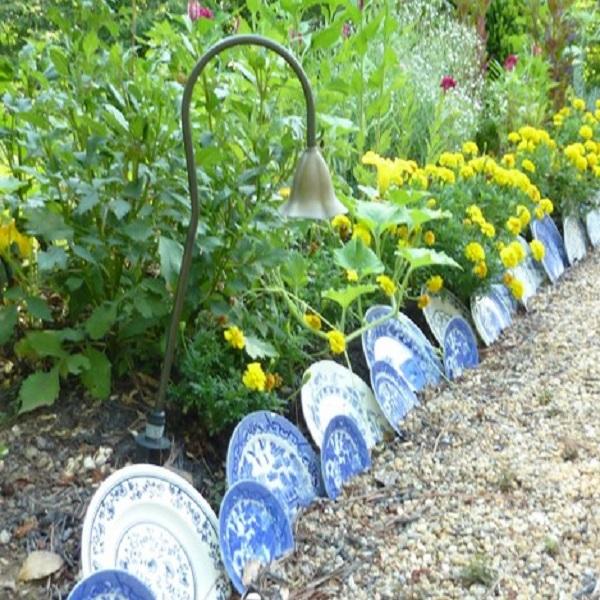 A Garden Border Made From Plates