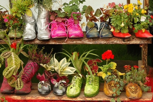 Planters Made With Old Shoes and Trainers