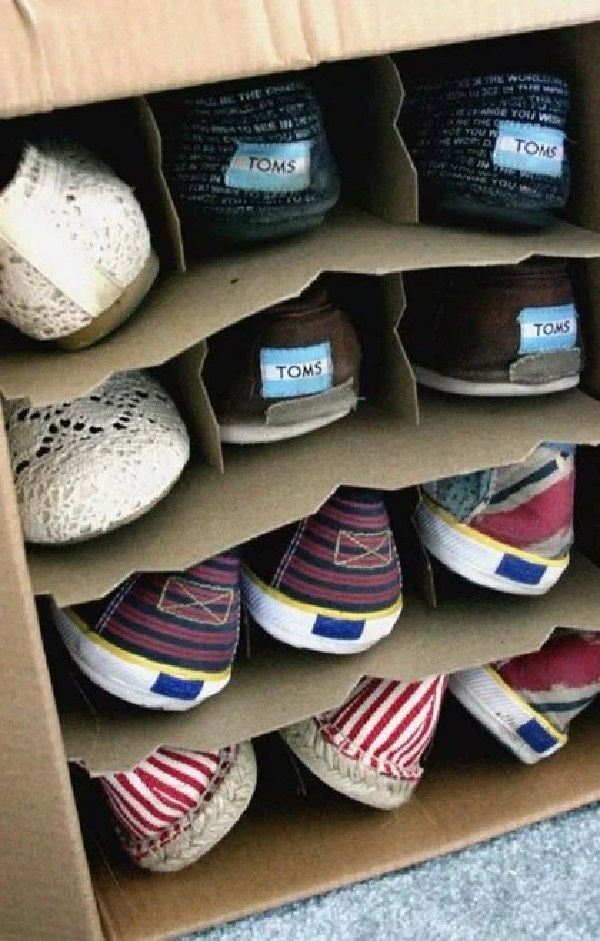 Cardboard Box Turned into a Shoe Holder (Shoe Organiser)