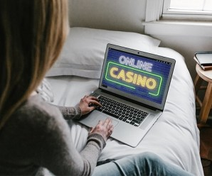 Ten Reasons Why Playing Online Casino Games is Better than Going to Land Casinos