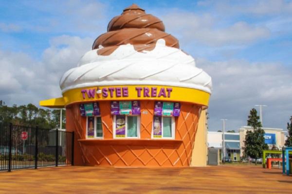Twistee Treat Ice Cream Shop, USA