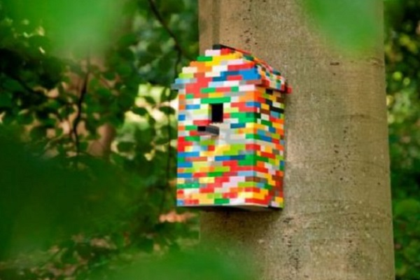 Lego Used to Make a Birdhouse