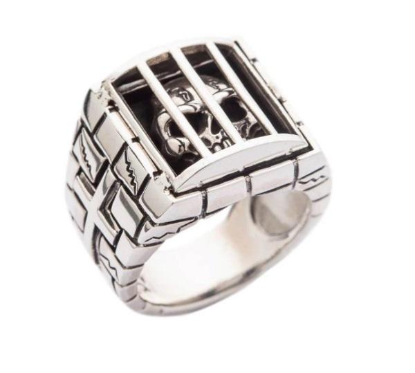Prisoner Skull Ring