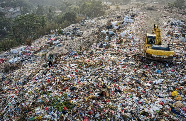 Protecting The Nature: Effective Ways That We Can Follow To Reduce Our Waste