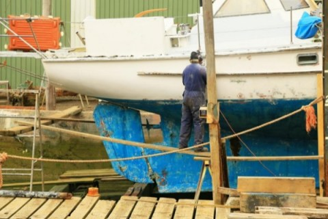 10 Essential Things to Know When Painting a Boat