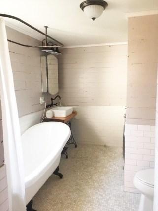 Lovely Little Farmhouse Bathroom