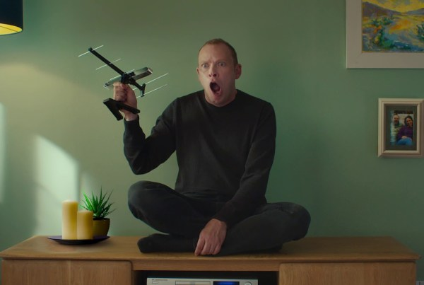 Robert Webb Becomes A TV In This Funny Ad image of NowTV