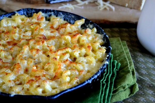macaroni gratin in a cast iron skillet