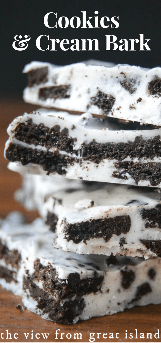 Cookies and Cream Bark ~ just two easy ingredients and a few minutes is all it takes to make one of the tastiest and most giftable desserts around. #candy #dessert #easy #recipe #oreos #chocolate #whitechocolate #bark #cookies #holidays