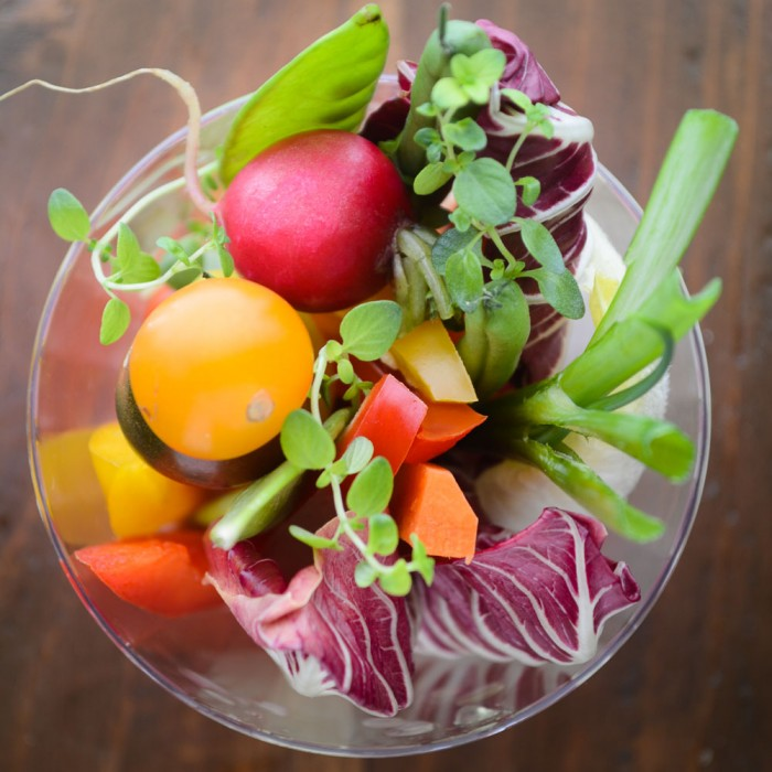 Fresh and pretty individual finger salad cups for entertaining