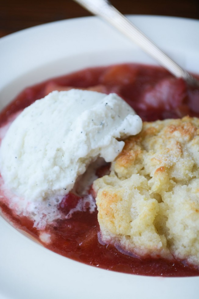 fresh strawberry rhubarb cobbler