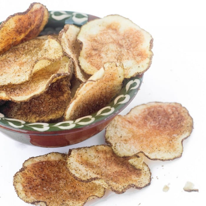 Skinny Microwave Jalapeno Potato Chips are instant healthy snack gratification~ theviewfromgreatisland.com