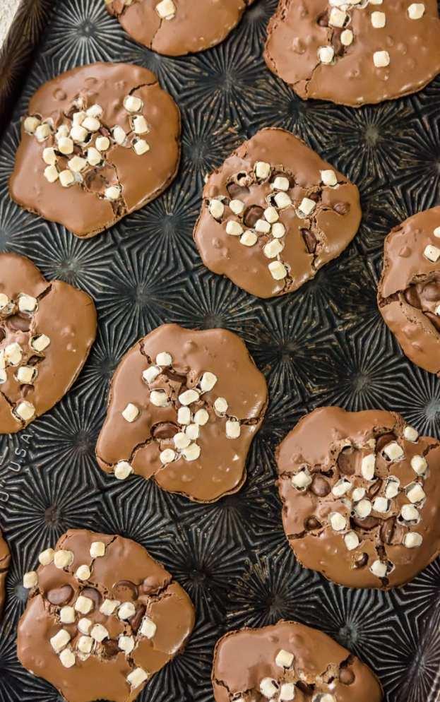 Hot Chocolate Cookies ~ 25 MORE Fabulous Flourless Cookies