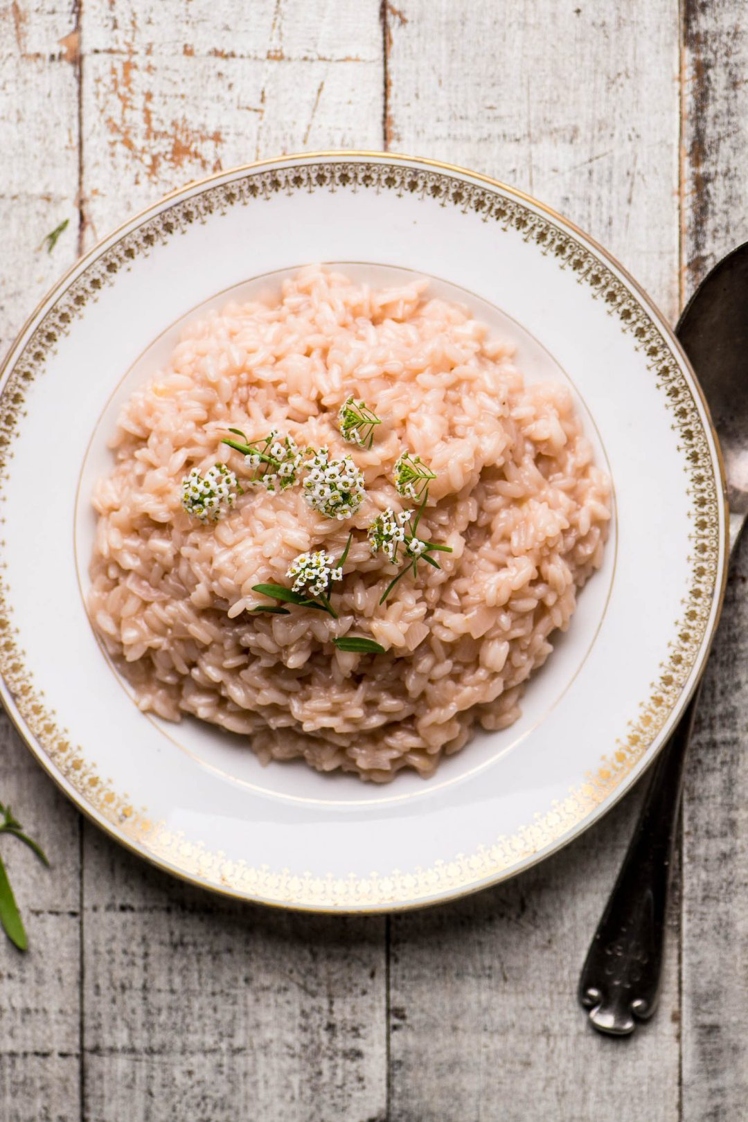 A rosé wine infused risotto that takes just 6 minutes in your Instant Pot!