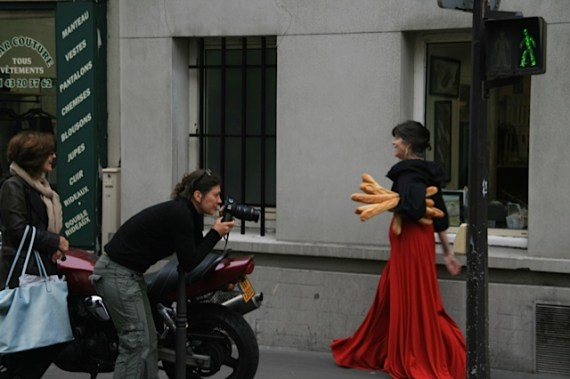 WALKING with BAGUETTES