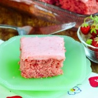 Best Strawberry Sheet Cake