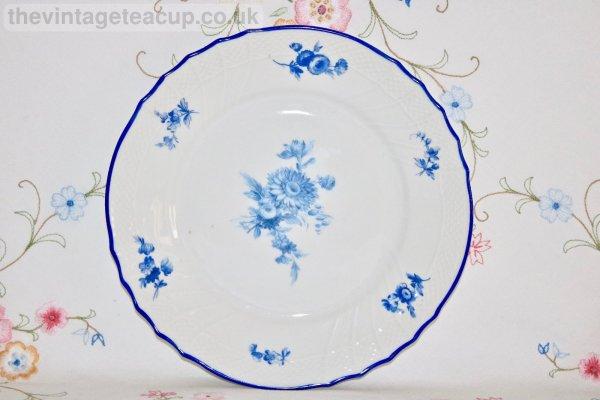 Richard Ginori Blue Flower Plate
