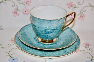 Royal Albert Blue Trio