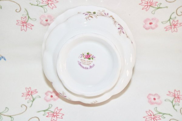 Royal Albert Lavender Rose Bowl