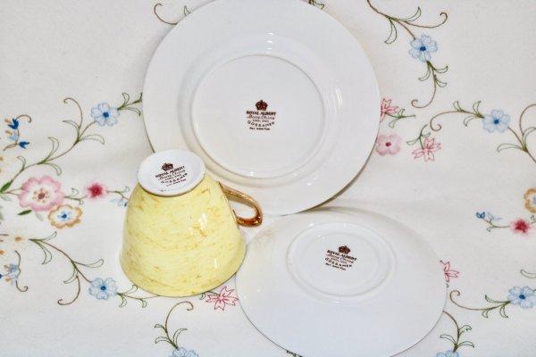 Royal Albert Yellow Trio