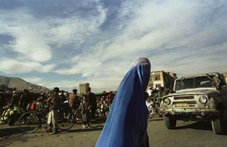 Kabul, Afghanistan -- With Taliban gone burqa is still a fact of life in Kabul. 12/01 (Photo by Bikem Ekberzade)