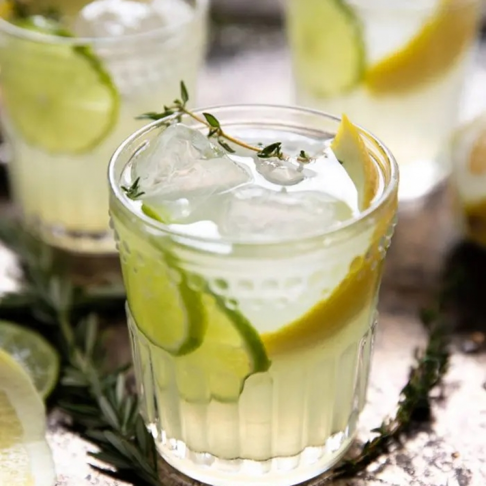 Lemoncello-Gin-and-Soda-with-Thyme-2-700×1050