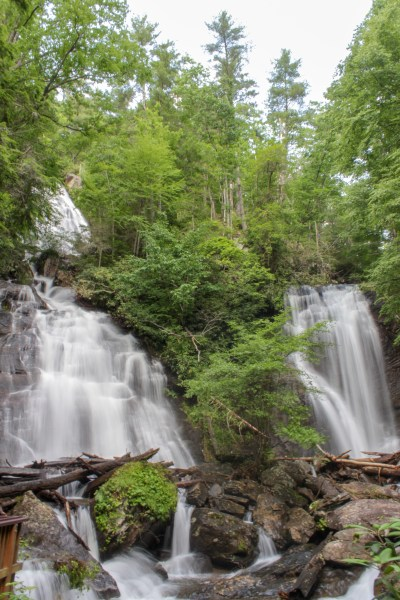 anna ruby falls helen georgia unicoi state park
