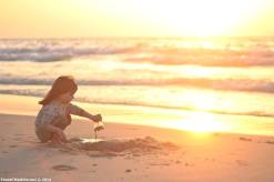 gaza girl on beach