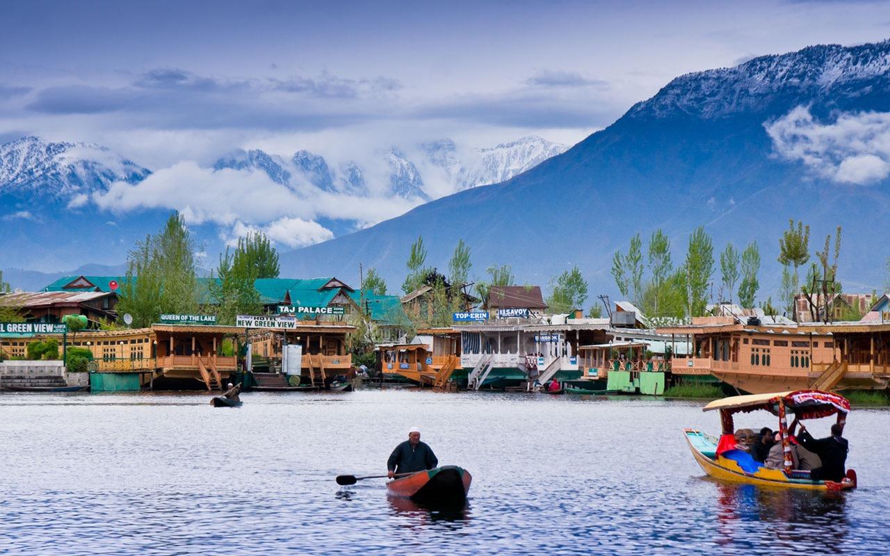 India Beyond Taj Mahal | Dal Lake, Kashmir India