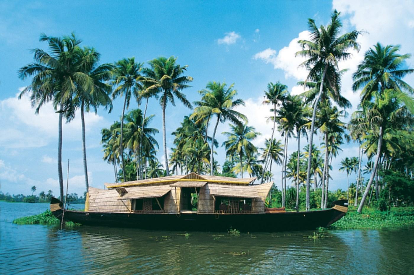 India Beyond Taj Mahal | Kerala Back waters India