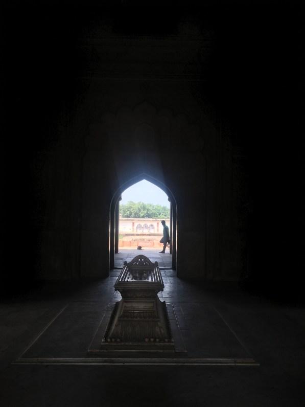 Safdarjung Tomb- Grave
