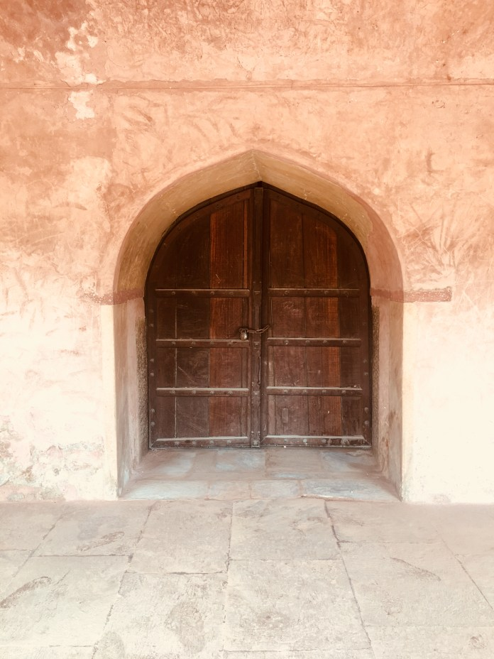 Safdarjung Tomb - A huge door