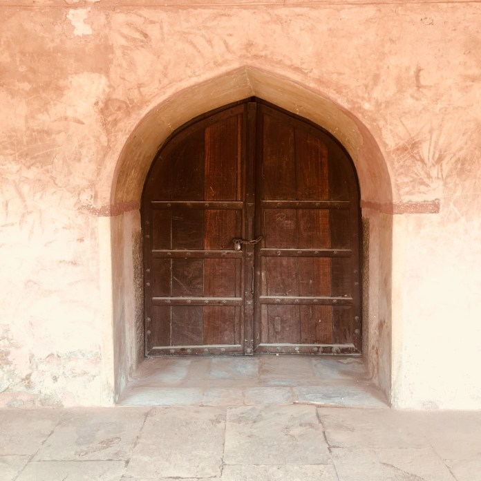 Safdarjung Tomb - A huge door