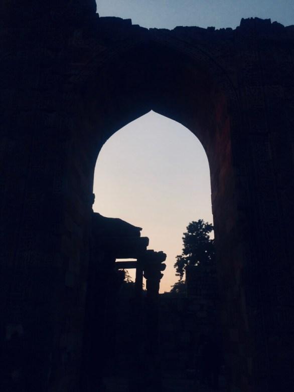 Qutub Minar, Delhi, India || A silhouette