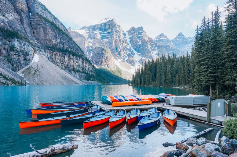 lake Moraine banff Canada