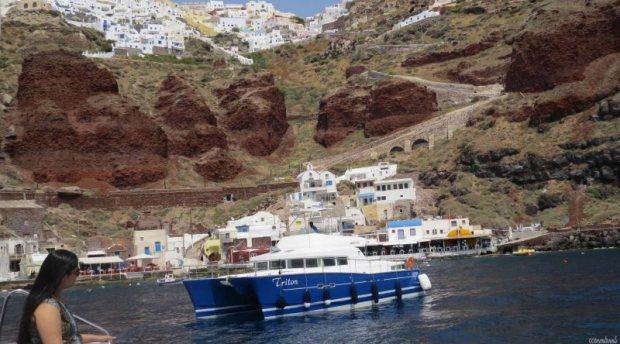 Unusual Honeymoon Destinations in the World | Santorini - GoBeyondBounds