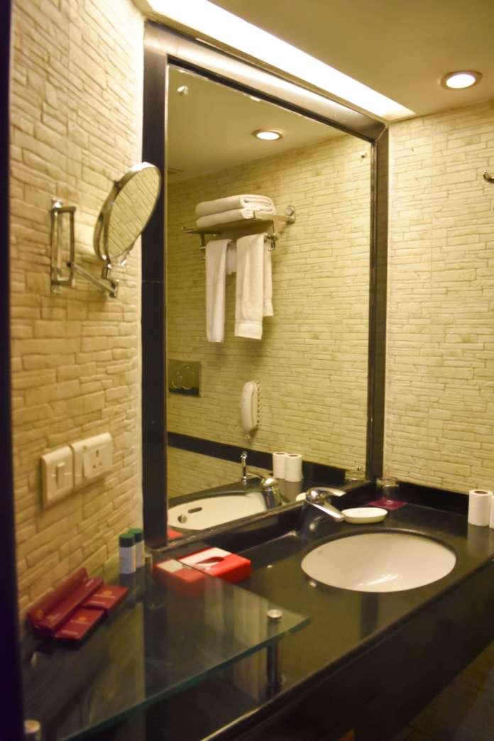 richmond bathroom mirror