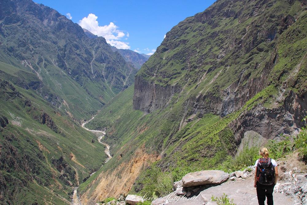 Descending Colca Canyon