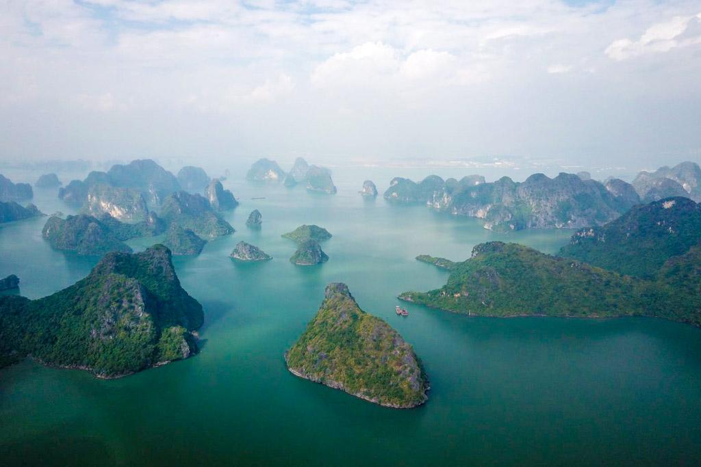 Halon Bay | Drone | Photo | Vietnam | Cat Ba Islan