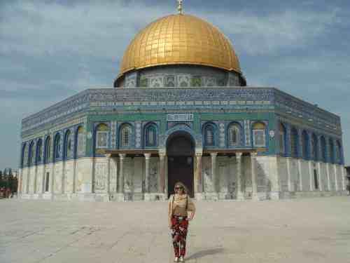 solo female travel in Jerusalem israel