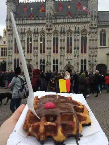Waffle in Bruges by City Hall | weekend in Belgium