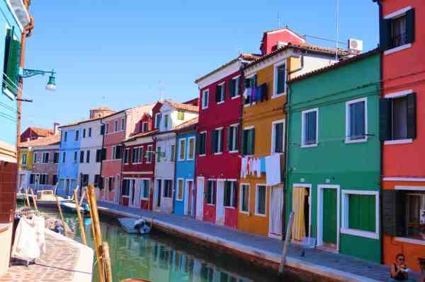 venice burano guide escape crowds