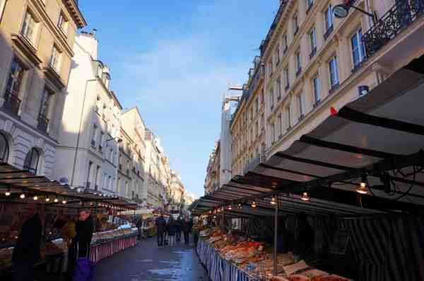 Walk Gare du Nord to Eiffel Tower