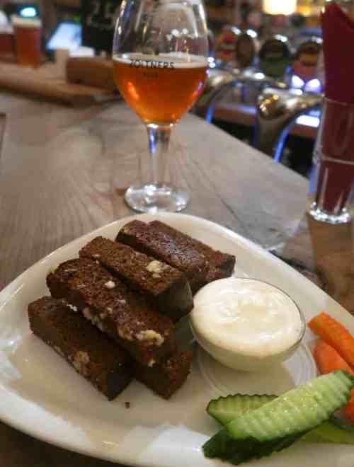 riga things to do folkklubs garlic bread
