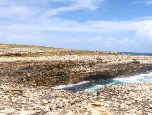 Things to do in Antigua and Barbuda Devils Bridge